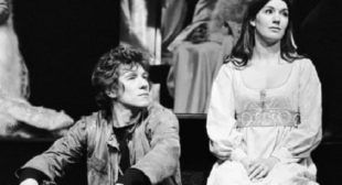 Ian McKellen To Star In A New 'Age-Blind' Production of Hamlet