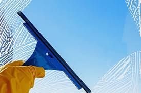 Work like Professional Window Cleaners in London to Increase your Business Popularity