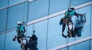 Hire Window Cleaners London To Give Your Window Glass A Clean Look